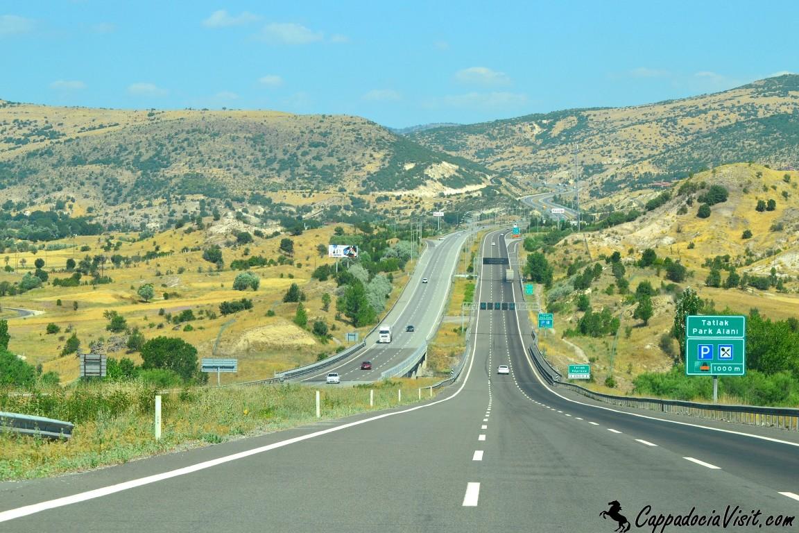 Дорога от Стамбула на Анкару проходит через горы Болу