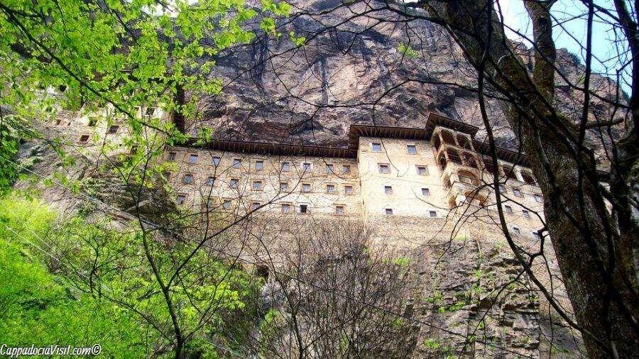 Монастырь Сумела недалеко от города Трабзон