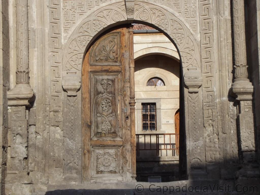 Ворота медресе Сельджукского периода