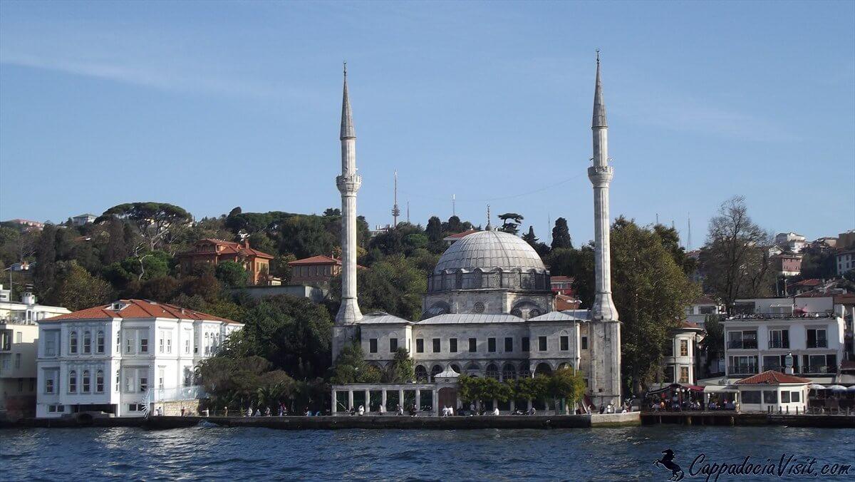 Мечеть Бейлербейи в Стамбуле