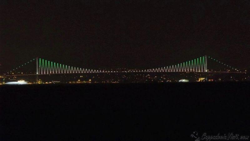 Босфорский мост ночью - Стамбул