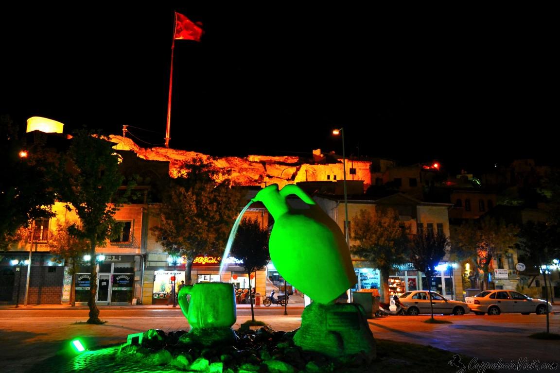Аванос ночью