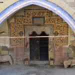 Вход в храм равноапостольных Константина и Елены