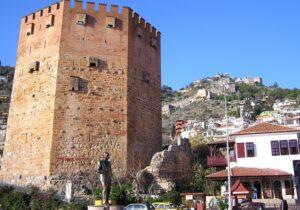 Главной достопримечательностью Алании считается Красная Башня