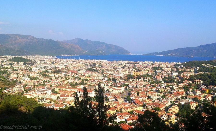 Вид на город Мармарис - Турция