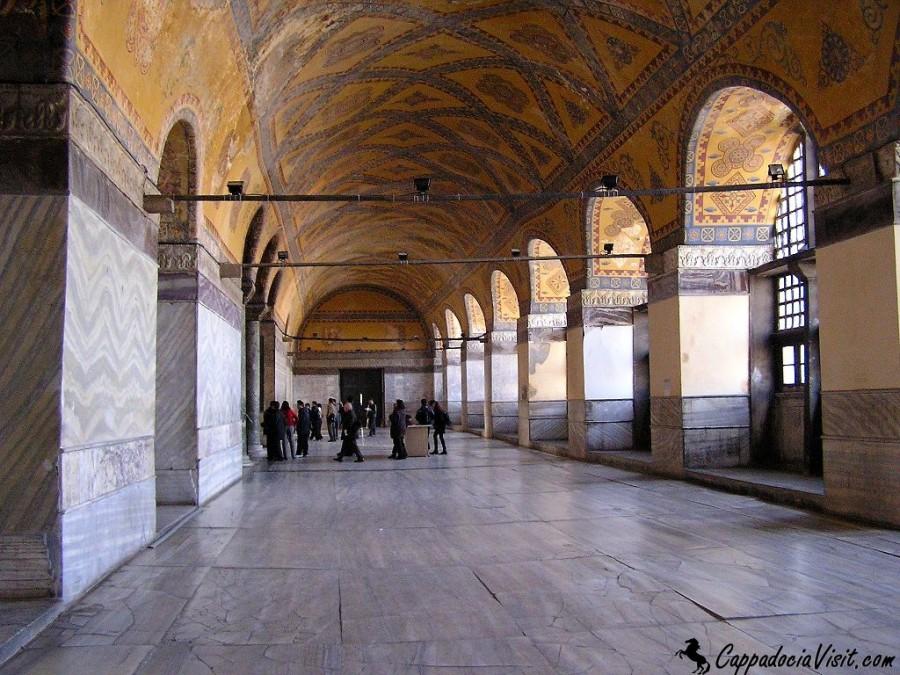 Галерея второго этажа Собора Святой Софии в Стамбуле