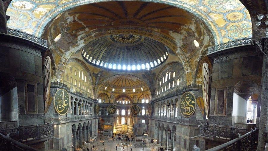 Панорама интерьера Святой Софии