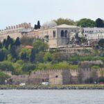 Султанский дворец Топкапы - вид с Босфора