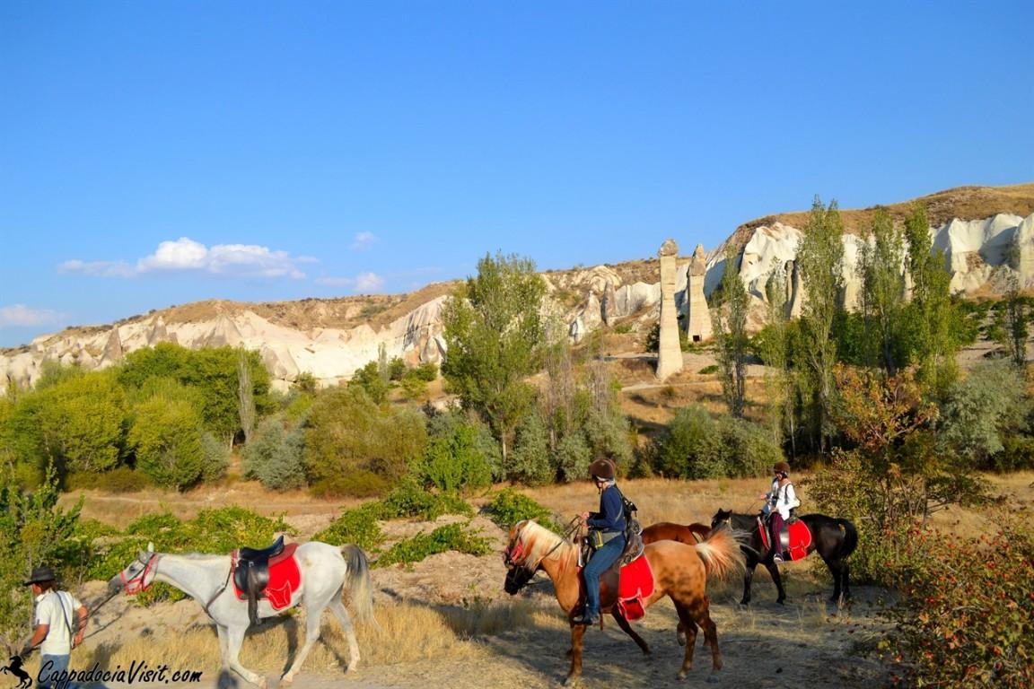 Каппадокия это великолепное место для конных прогулок