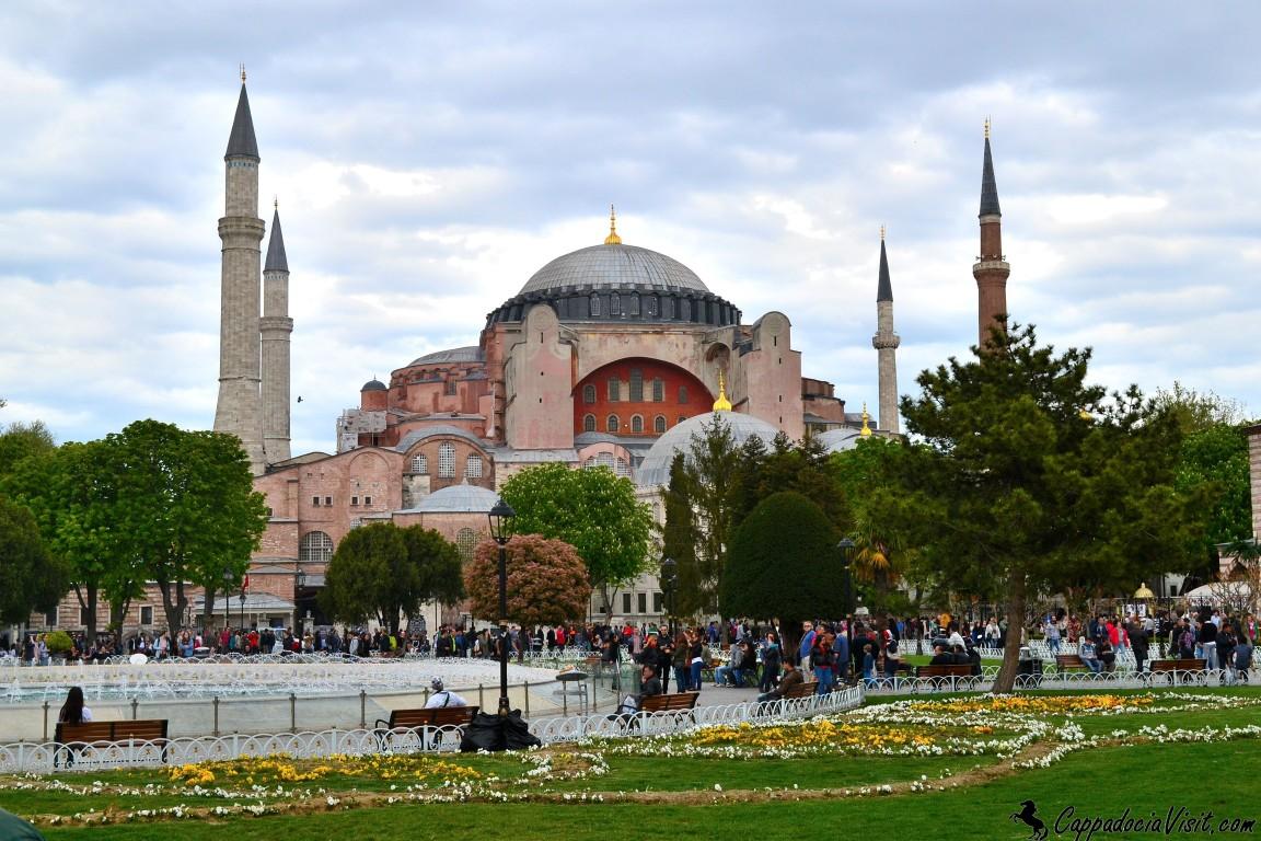Собор Святой Софии в Стамбуле - Айя-София