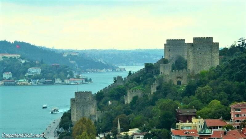 Вид на Босфор и Румели Хисары с второго Босфорского моста