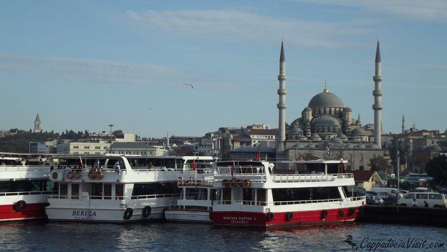 Новая мечеть (Йени Джами) в Стамбуле