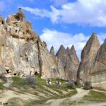 Верховая езда по долинам вокруг Гереме