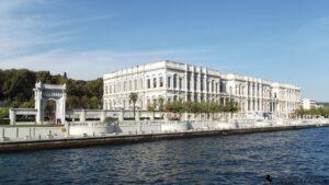 Дворец Чыраган в Стамбуле ныне пятизвёздочный отель сети Kempinski