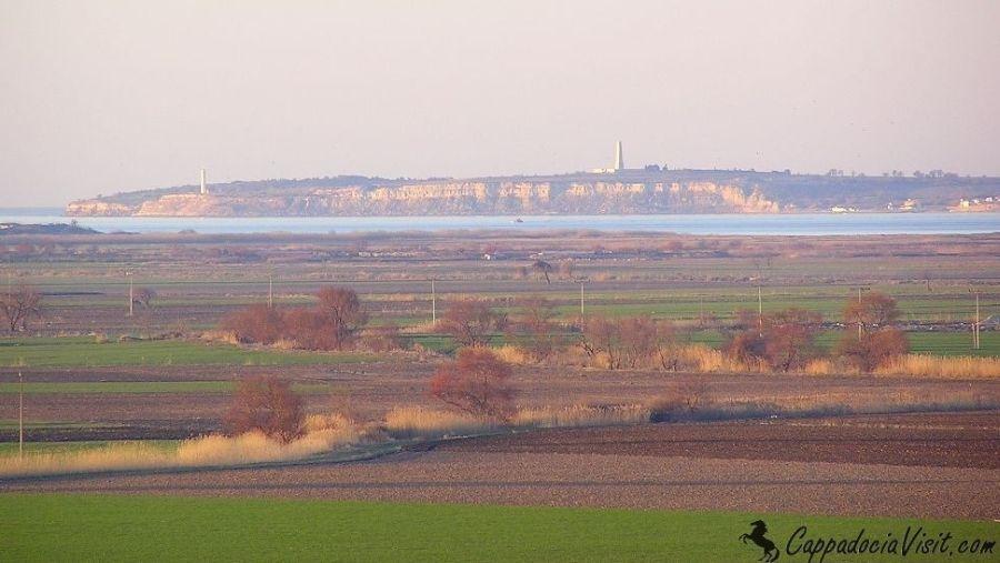 Вид на пролив Дарданеллы (Геллеспонт) из Трои