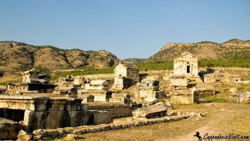 Некрополь Иераполиса
