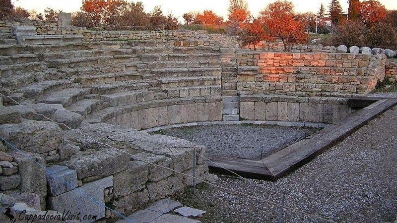 Одеон Трои был построен в римский период - Троя IX