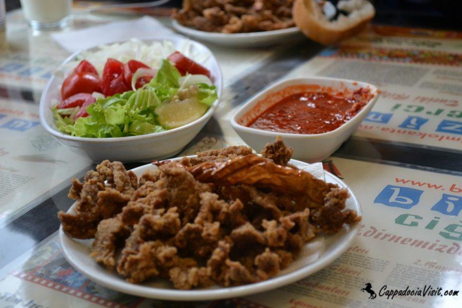 Знаменитое блюдо Эдирне: Печень жареная на сковороде