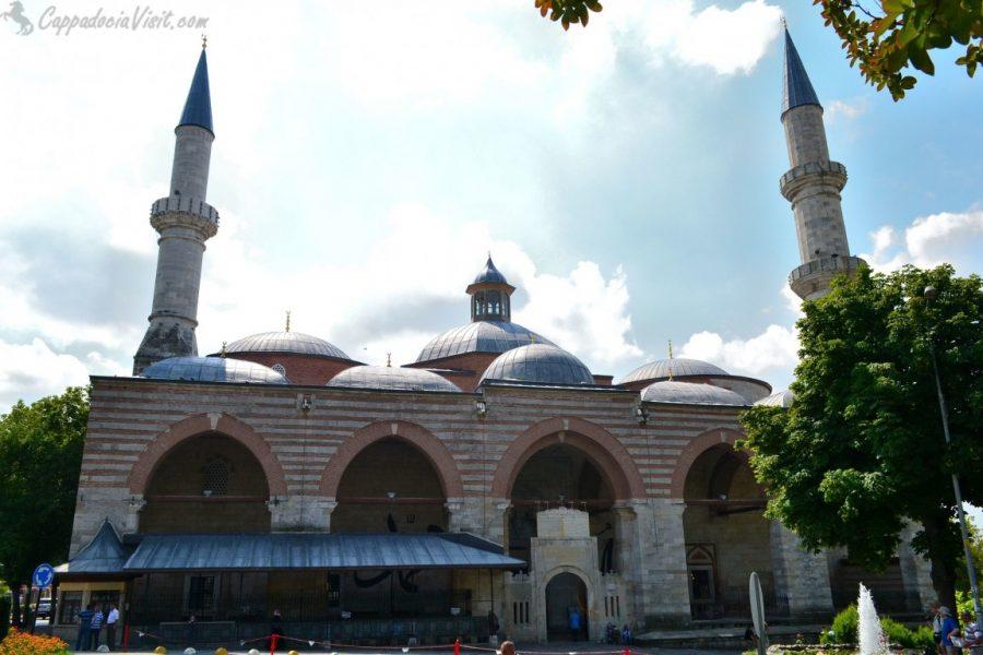 Старая Мечеть (Эски Джами)