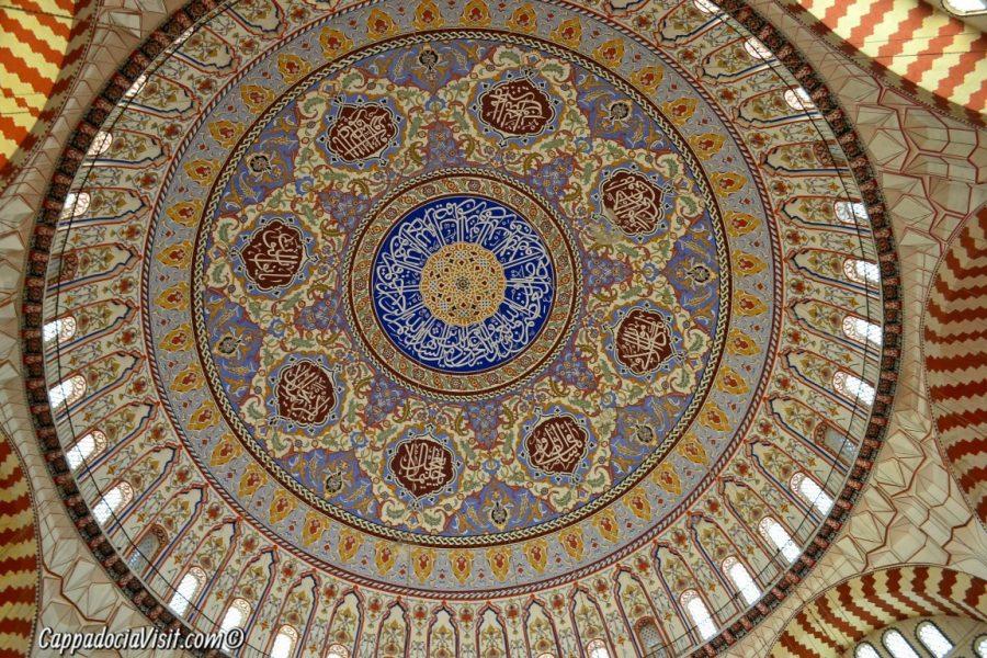 Купол мечети Селимие в Эдирне