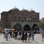 Главные ворота Египетского базара в Стамбуле