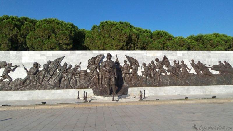 Рельефы в мемориальном комплексе Галлиполи
