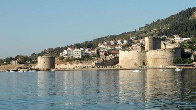 Крепость Килитбахир расположена на европейском берегу