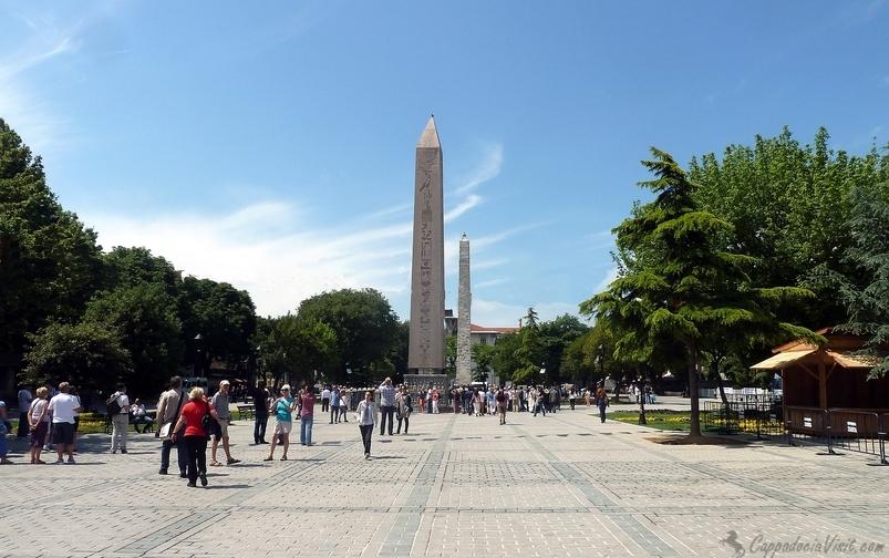 Площадь Султанахмет (Ипподром) в Стамбуле