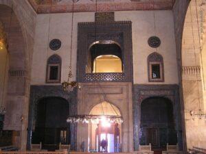Интерьер Зеленой мечети в Бурсе