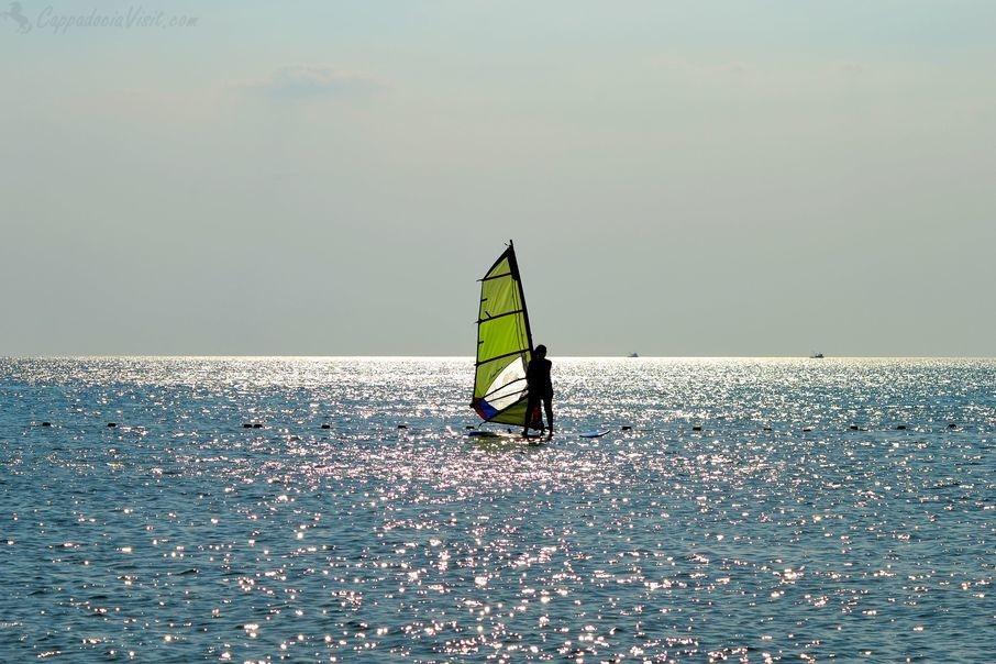 Эгейское море - замечательное место для пляжного и активного отдыха