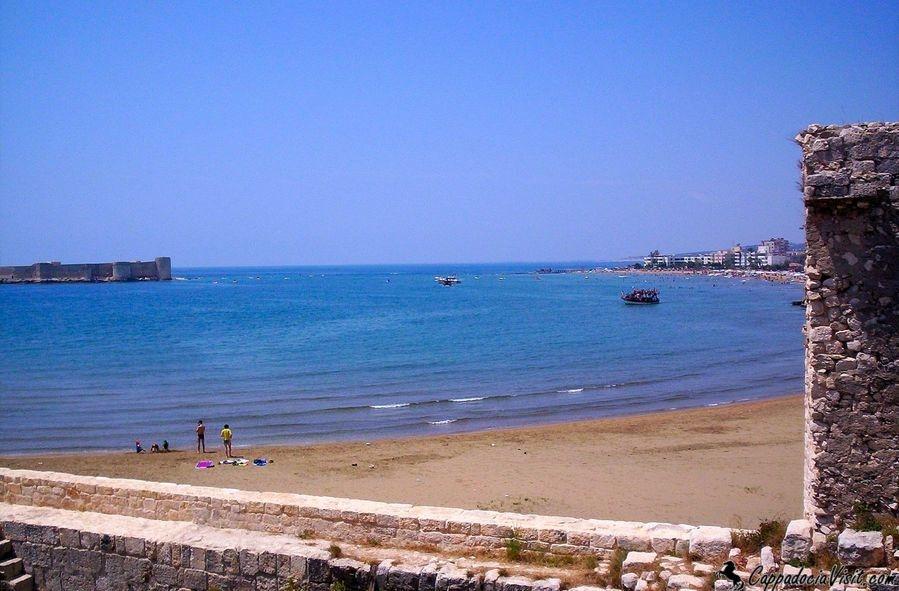 Кызкалеси - самый популярный курорт восточной части Средиземноморья