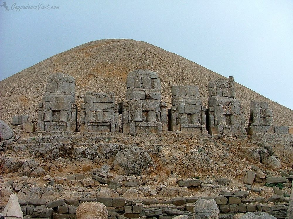Гора Немрут в Турции