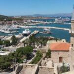 Вид на порт с крепости