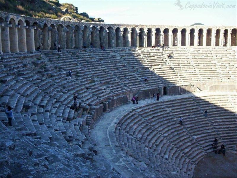 Театр Аспендоса - вид изнутри