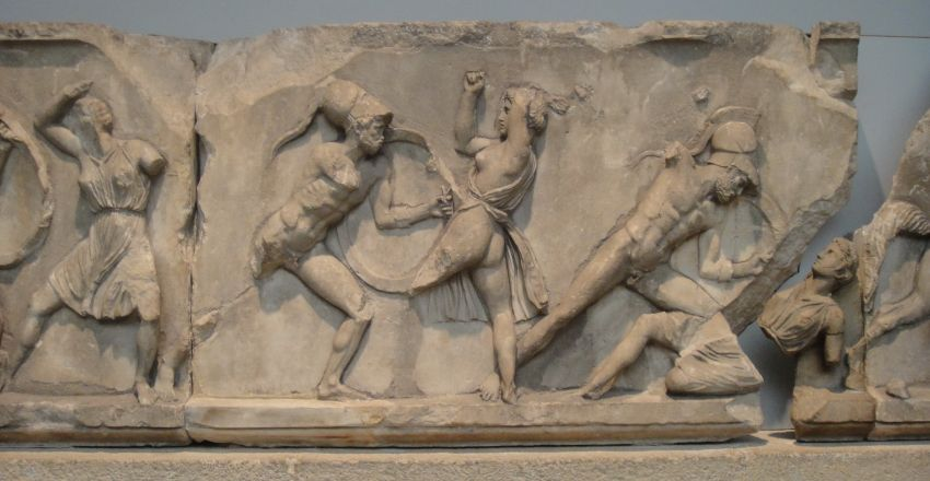 Фрагмент рельефного фриза восточной стены Галикарнасского мавзолея