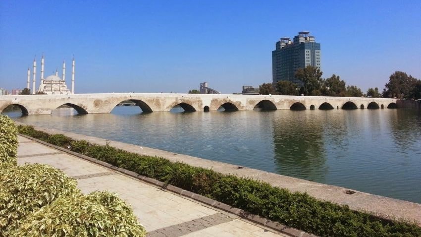 Мост Таш Кёпрюв Адане