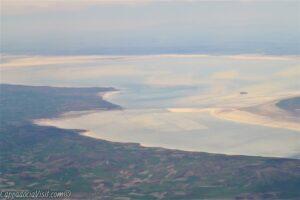 Вид на озеро Туз с самолёта
