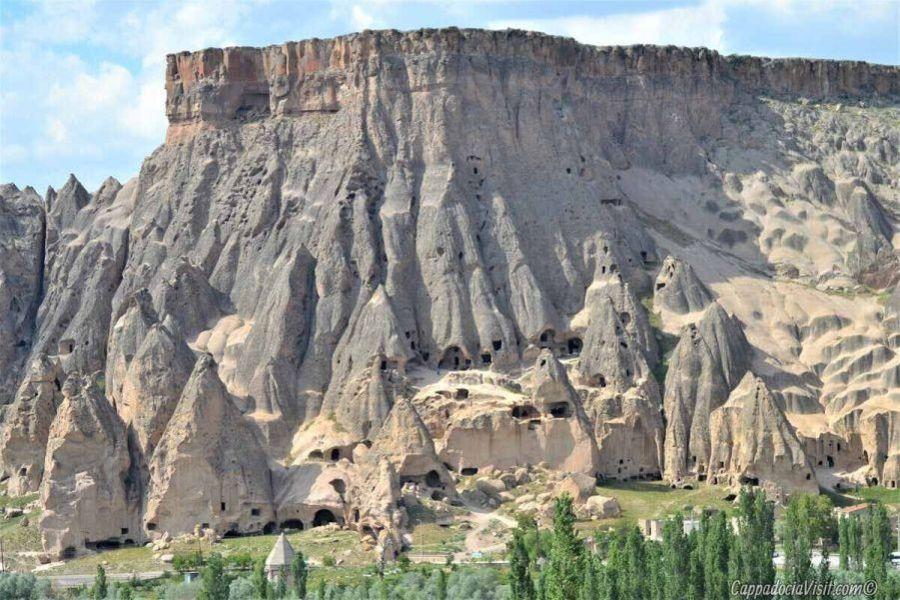 Скальный монастырь Селиме в долине Ихлара